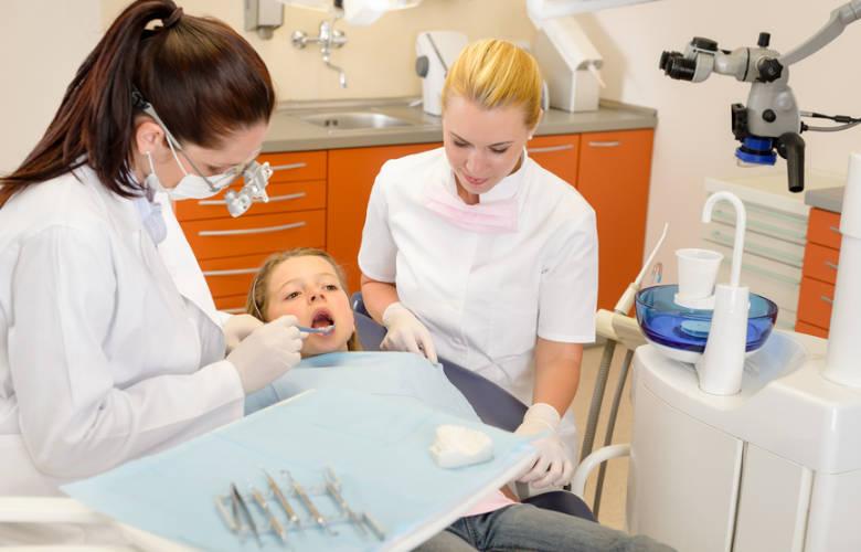Βοηθός Οδοντιάτρου
