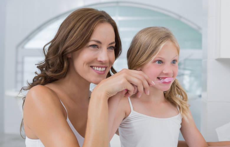 8 τρόποι να γίνει το βούρτσισμα των παιδιών διασκεδαστικό!