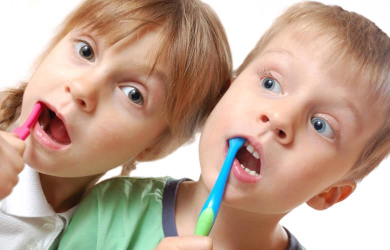 Έρευνα: Οι μητέρες με χρόνιο στρες είναι πιο πιθανό να έχουν παιδιά με χαλασμένα δόντια