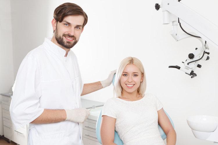 10 ερωτήσεις που κάνουν οι περιοδοντικοί ασθενείς στην πρώτη επίσκεψη