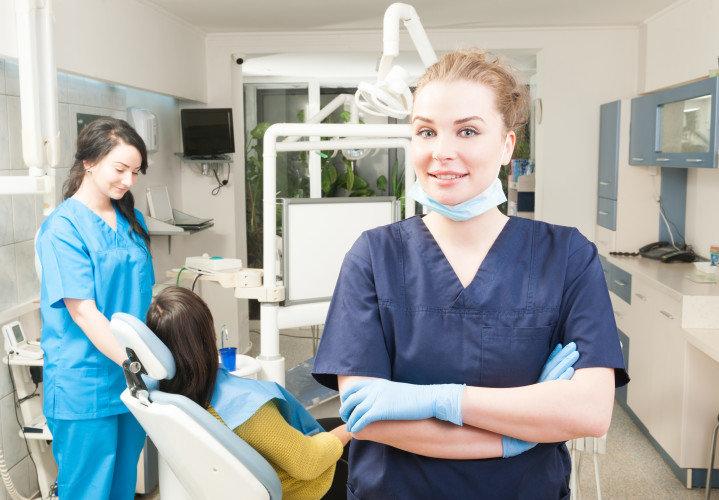 9 λάθη που κάνουν οι οδοντίατροι: Λάθος πρώτο