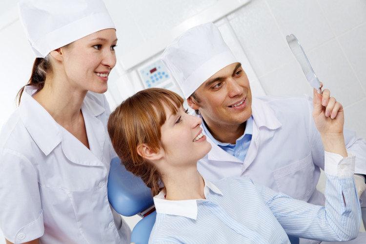 9 λάθη που κάνουν οι οδοντίατροι: Λάθος τέταρτο