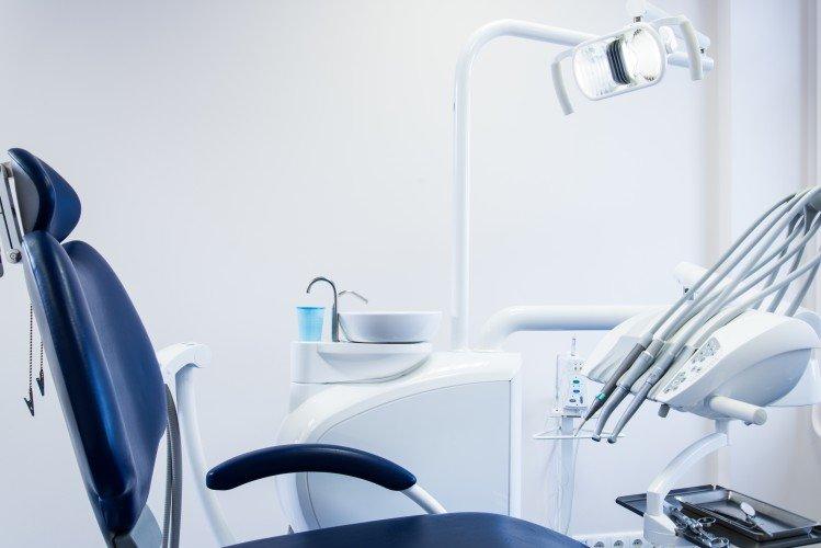 Η σωστή ποιότητα νερού βελτιώνει την οδοντιατρική φροντίδα