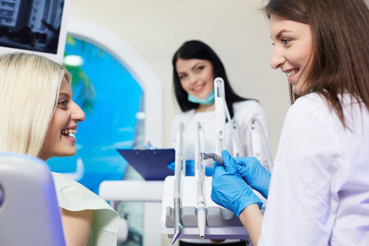 9 λάθη που κάνουν οι οδοντίατροι: Λάθος Δεύτερο