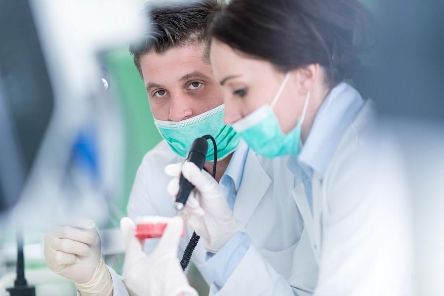 Είστε έτοιμοι για οδοντιατρικά εμφυτεύματα;