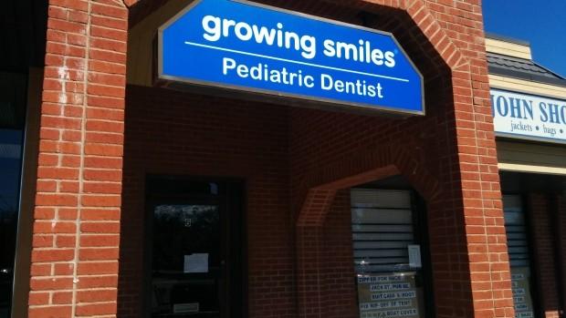 Νέο κρούσμα με μολυσμένα οδοντιατρικά εργαλεία στην Καλιφόρνια!