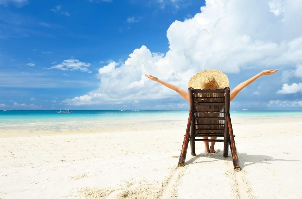 Οδοντιατρικά προβλήματα στις διακοπές; Οδηγός επιβίωσης